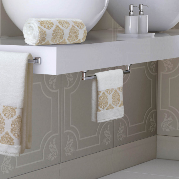 http://www.catalogopiccolook.it/products/set-ospite-asciugamano